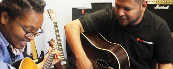 Guitar teachers Ealing