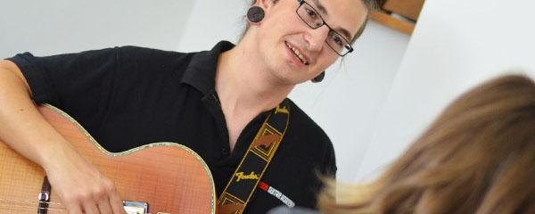 beginners guitar lessons
